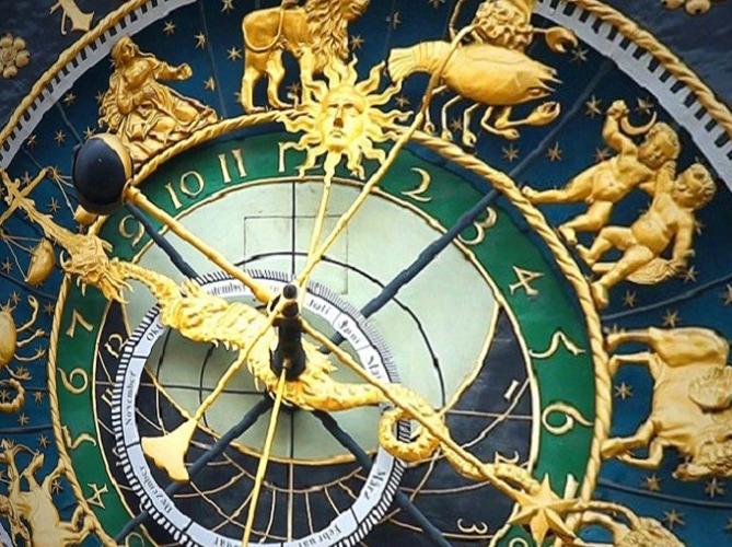 Древние часы